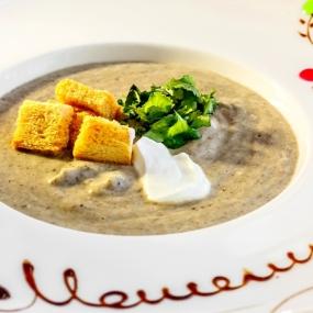 Суп-крем с шампиньонами